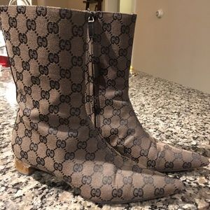 Original GG Canvas Gucci Boots size 6 1/2